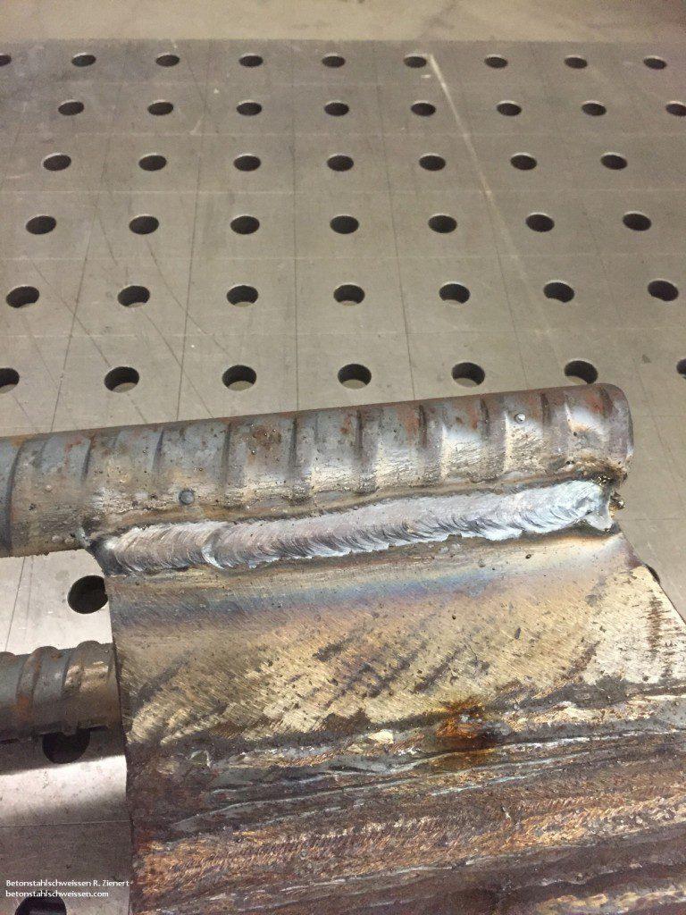 Gewindeeisen an Stahl mit Elektrode verschweißt, Betonstahlschweissen R. Zienert